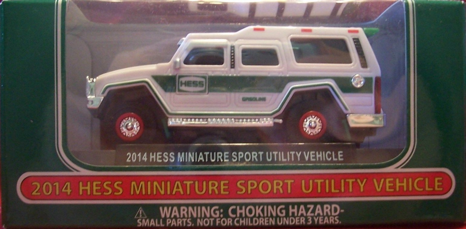 New 2009 Hess Mini Recreation Vehicle - Ninth in the Series